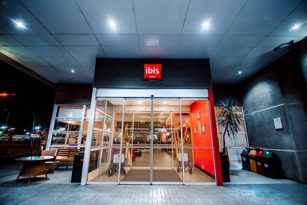 이비스 콘셉시온(ibis Concepcion) Hotel Image 44 - Hotel Entrance