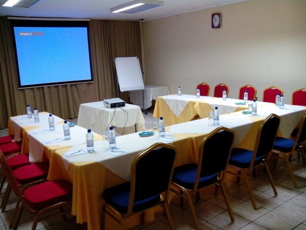 스티프 호텔(Stipp Hotel) Hotel Image 10 - Meeting Facility
