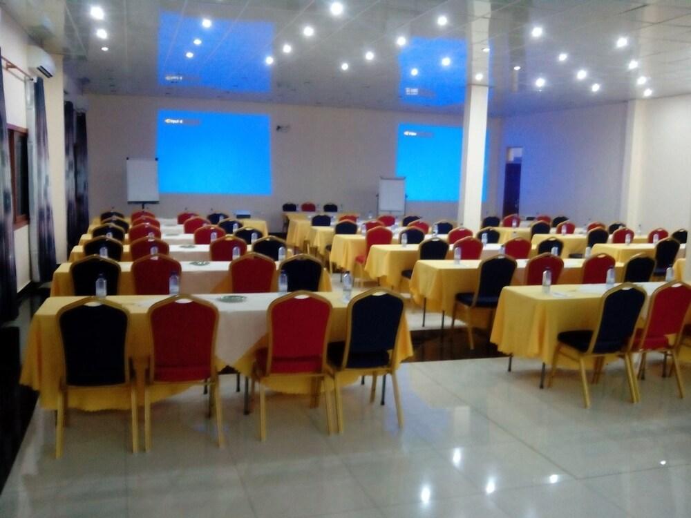 스티프 호텔(Stipp Hotel) Hotel Image 11 - Meeting Facility