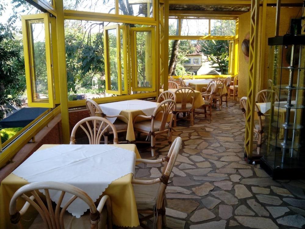 스티프 호텔(Stipp Hotel) Hotel Image 13 - Outdoor Dining