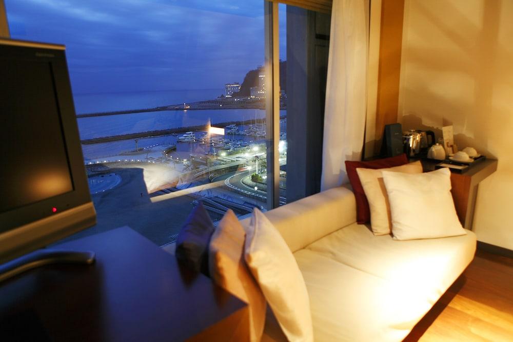 호텔 미쿠라스(Hotel Micuras) Hotel Image 4 - Guestroom