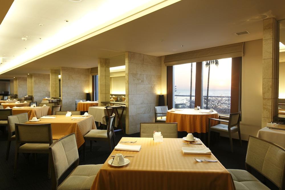 호텔 미쿠라스(Hotel Micuras) Hotel Image 30 - Dining