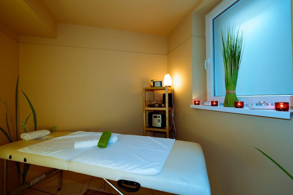 보18 호텔 수피리어(Bo18 Hotel Superior) Hotel Image 21 - Spa Treatment