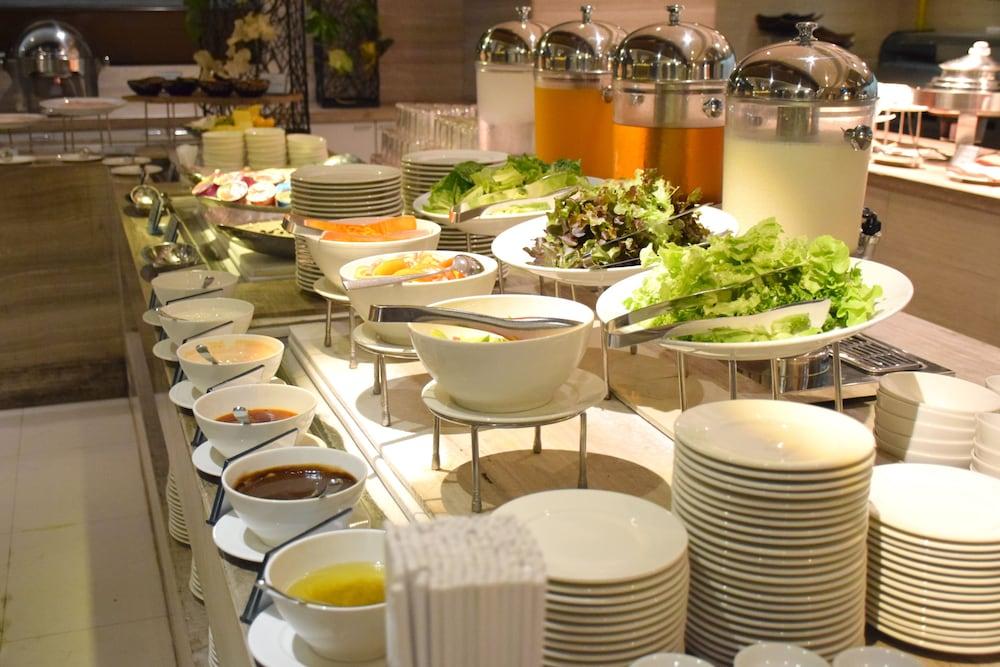 AETAS 룸피니(AETAS lumpini) Hotel Image 44 - Breakfast buffet