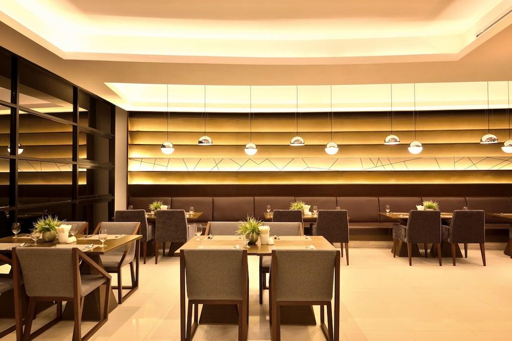 AETAS 룸피니(AETAS lumpini) Hotel Image 38 - Restaurant