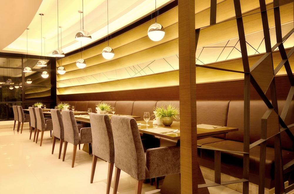 AETAS 룸피니(AETAS lumpini) Hotel Image 37 - Restaurant