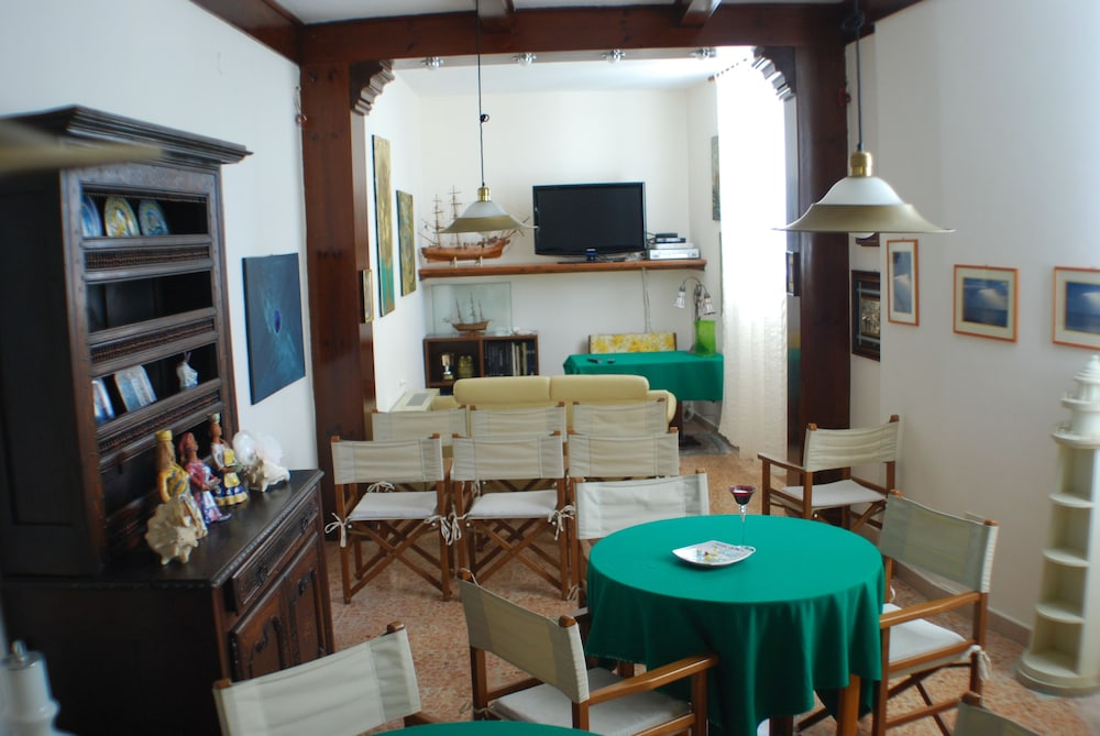 호텔 라 팔마(Hotel La Palma) Hotel Image 25 - Hotel Lounge