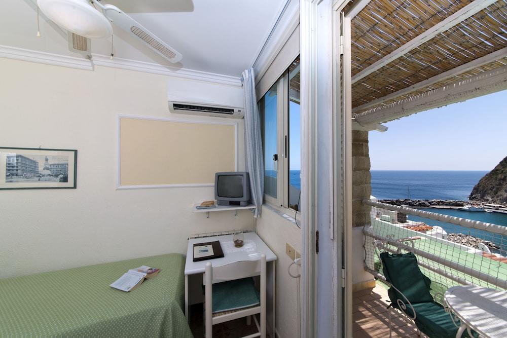 호텔 라 팔마(Hotel La Palma) Hotel Image 6 - Guestroom