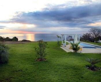 카시타스 솔레반테(Casitas Sollevante) Hotel Image 143 - Beach/Ocean View