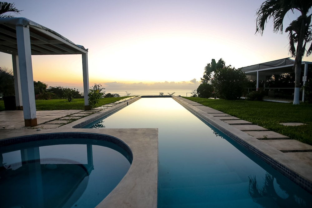 카시타스 솔레반테(Casitas Sollevante) Hotel Image 2 - Pool