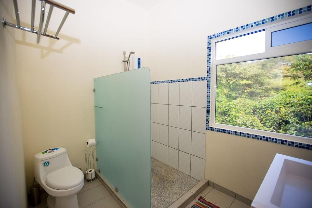 카시타스 솔레반테(Casitas Sollevante) Hotel Image 86 - Bathroom