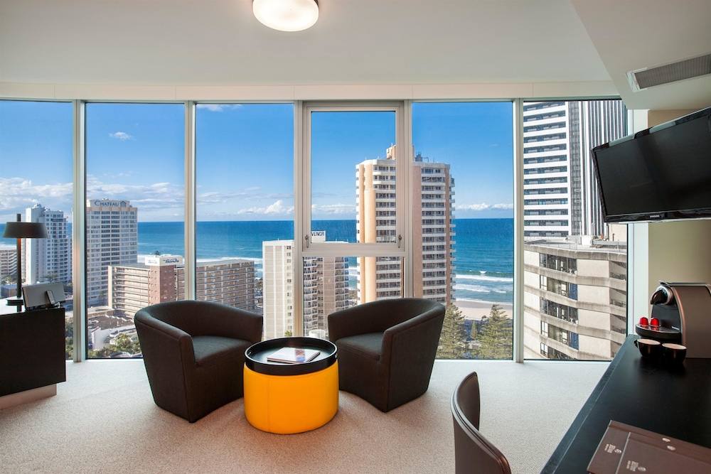 힐튼 서퍼스 파라다이스(Hilton Surfers Paradise) Hotel Image 0 - Featured Image