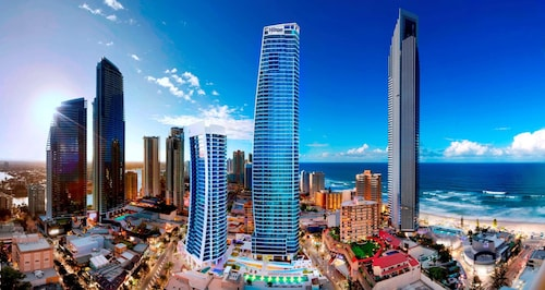 . Hilton Surfers Paradise Hotel and Residences