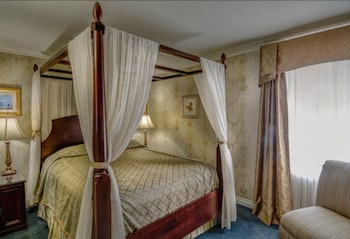 Cheshire Two-Bedroom Suite