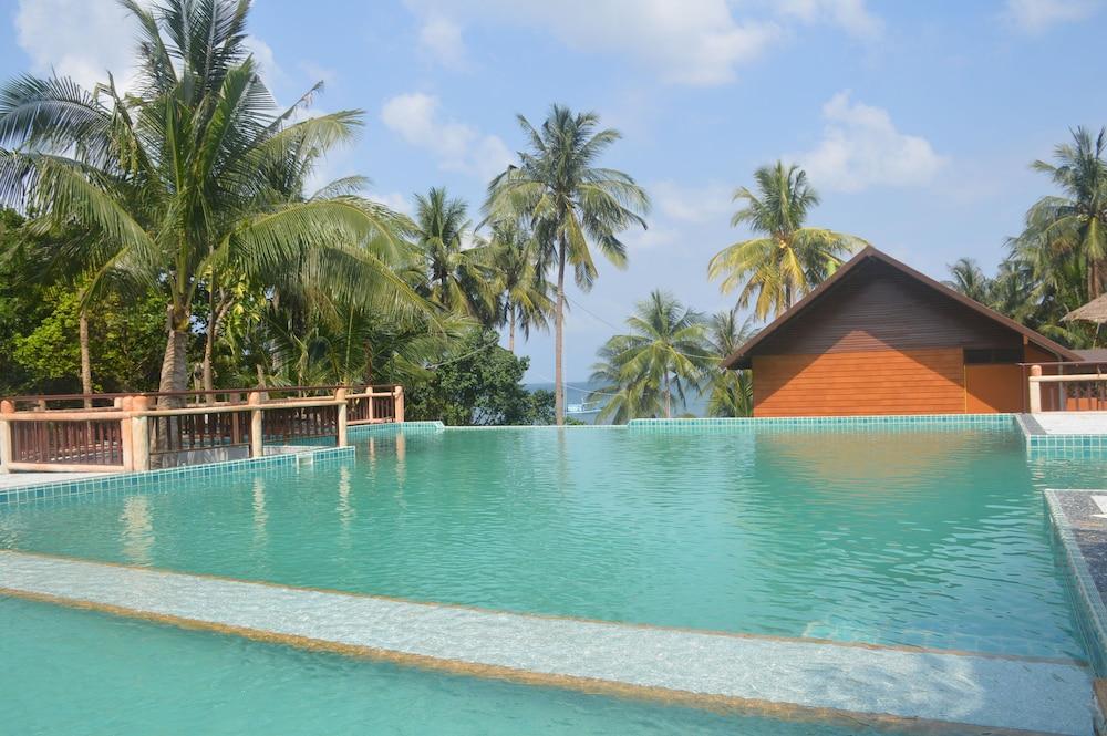 코 타오 뱀부 헛츠(Koh Tao Bamboo Huts) Hotel Image 82 - Outdoor Pool