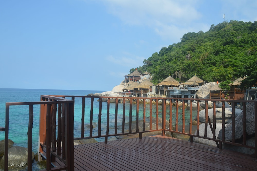 코 타오 뱀부 헛츠(Koh Tao Bamboo Huts) Hotel Image 108 - Terrace/Patio