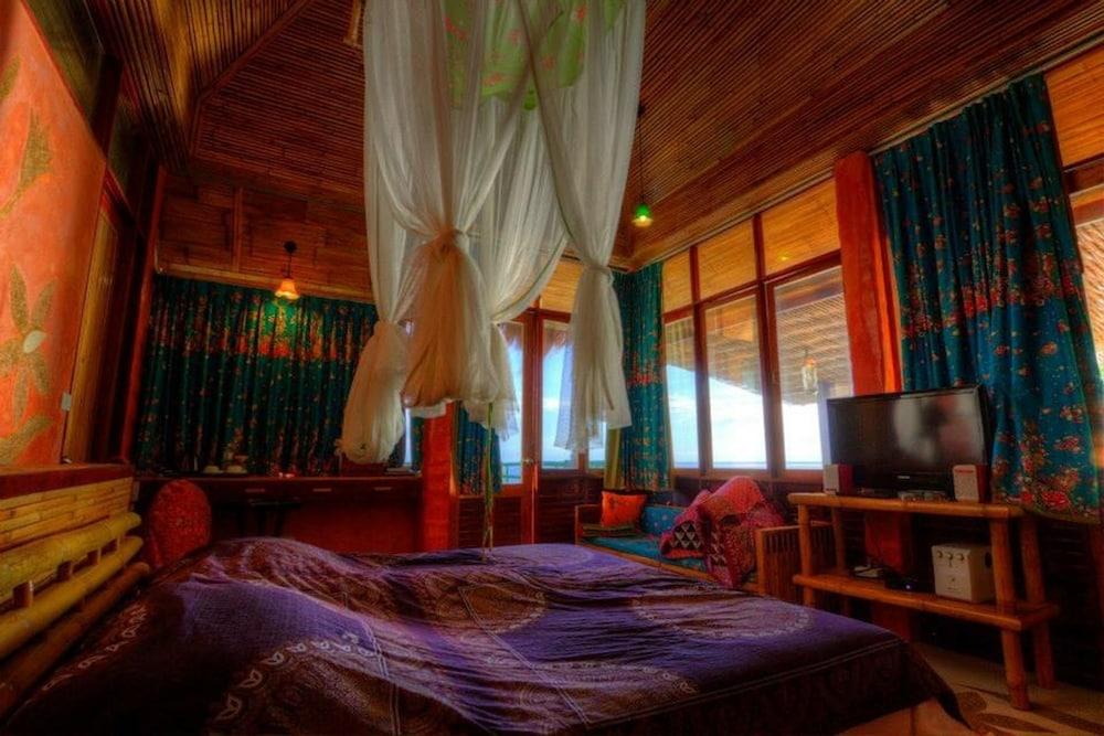 코 타오 뱀부 헛츠(Koh Tao Bamboo Huts) Hotel Image 19 - Guestroom