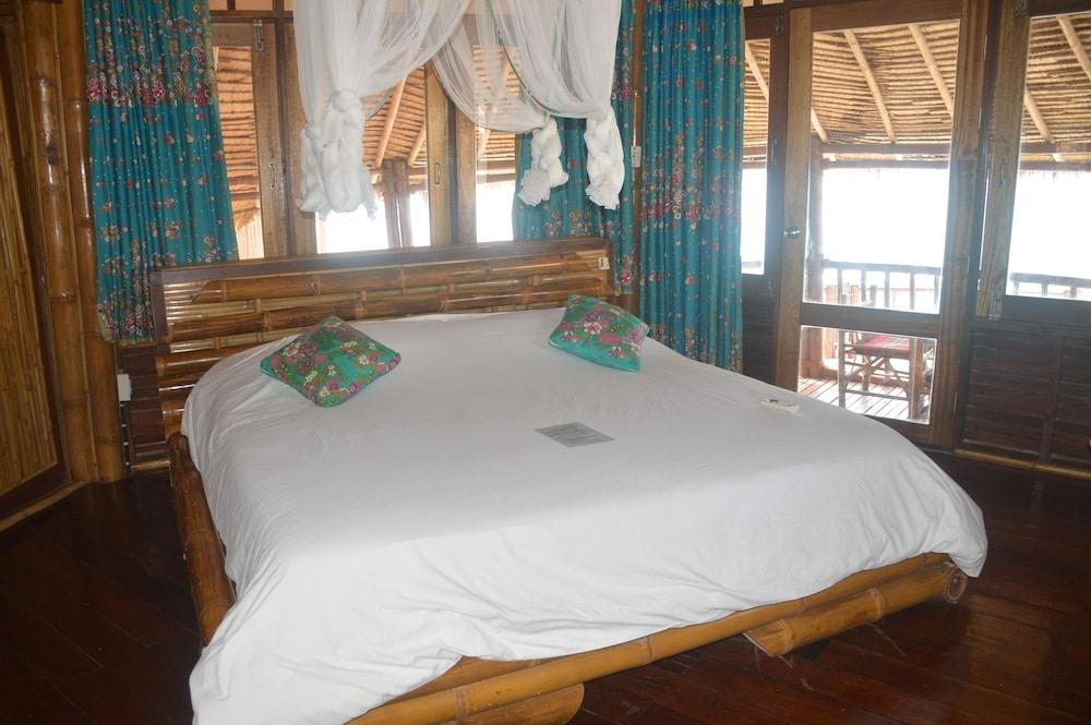 코 타오 뱀부 헛츠(Koh Tao Bamboo Huts) Hotel Image 47 - Guestroom