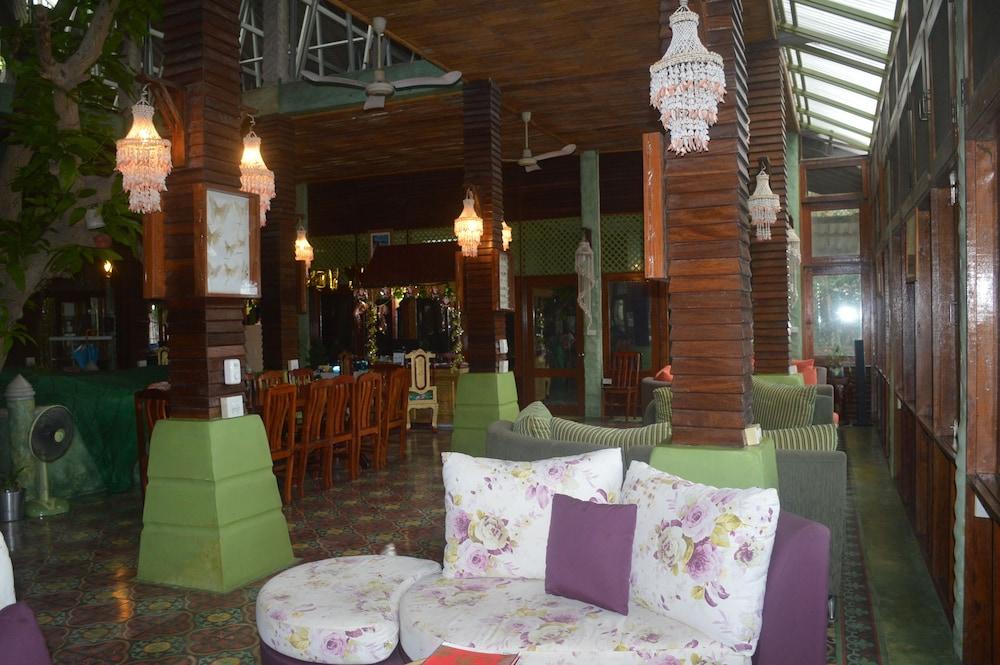 코 타오 뱀부 헛츠(Koh Tao Bamboo Huts) Hotel Image 81 - Reception