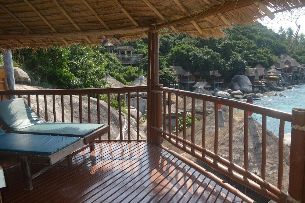 코 타오 뱀부 헛츠(Koh Tao Bamboo Huts) Hotel Image 56 - Terrace/Patio