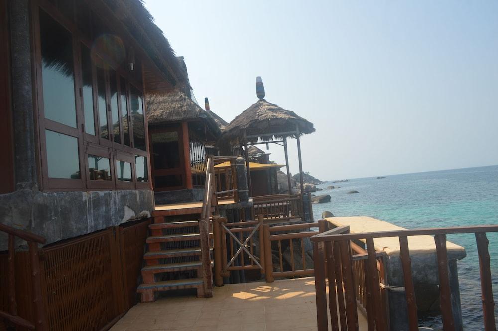 코 타오 뱀부 헛츠(Koh Tao Bamboo Huts) Hotel Image 100 - Exterior