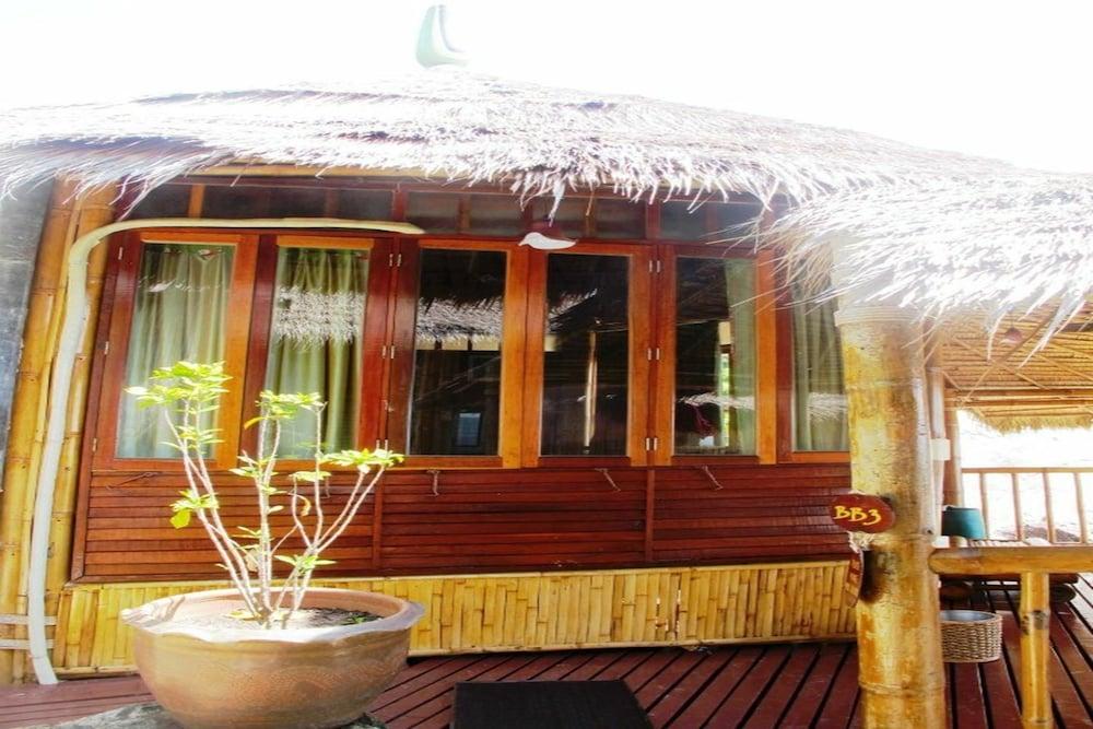 코 타오 뱀부 헛츠(Koh Tao Bamboo Huts) Hotel Image 31 - Guestroom