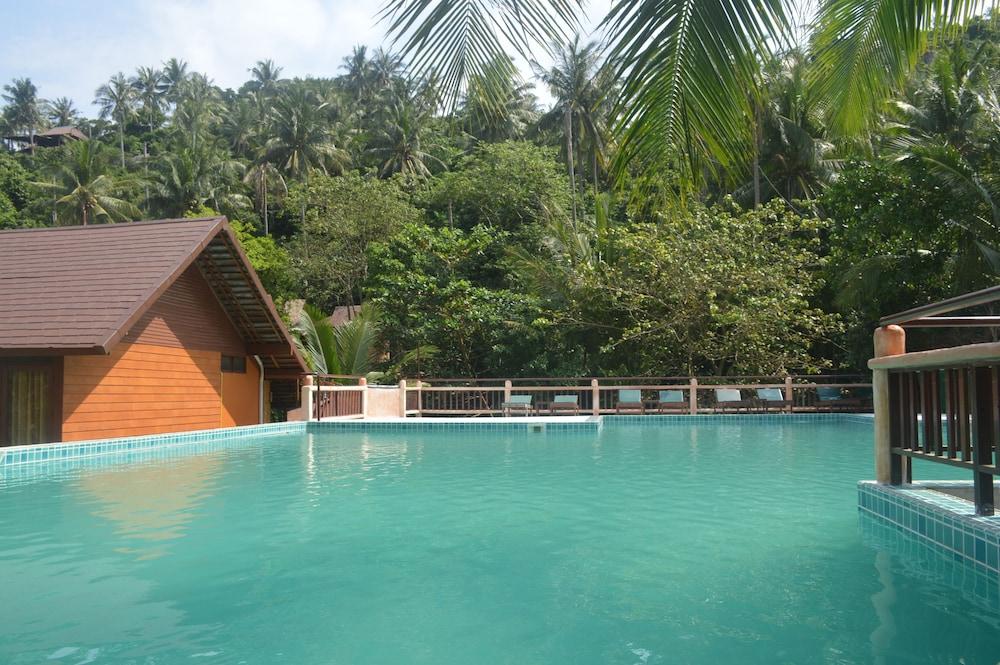 코 타오 뱀부 헛츠(Koh Tao Bamboo Huts) Hotel Image 85 - Outdoor Pool