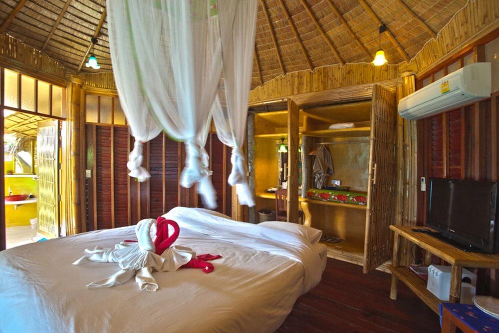 코 타오 뱀부 헛츠(Koh Tao Bamboo Huts) Hotel Image 7 - Guestroom