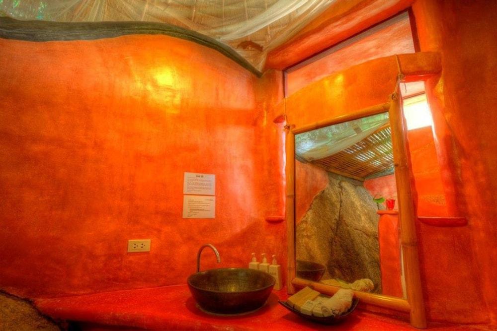 코 타오 뱀부 헛츠(Koh Tao Bamboo Huts) Hotel Image 38 - Guestroom