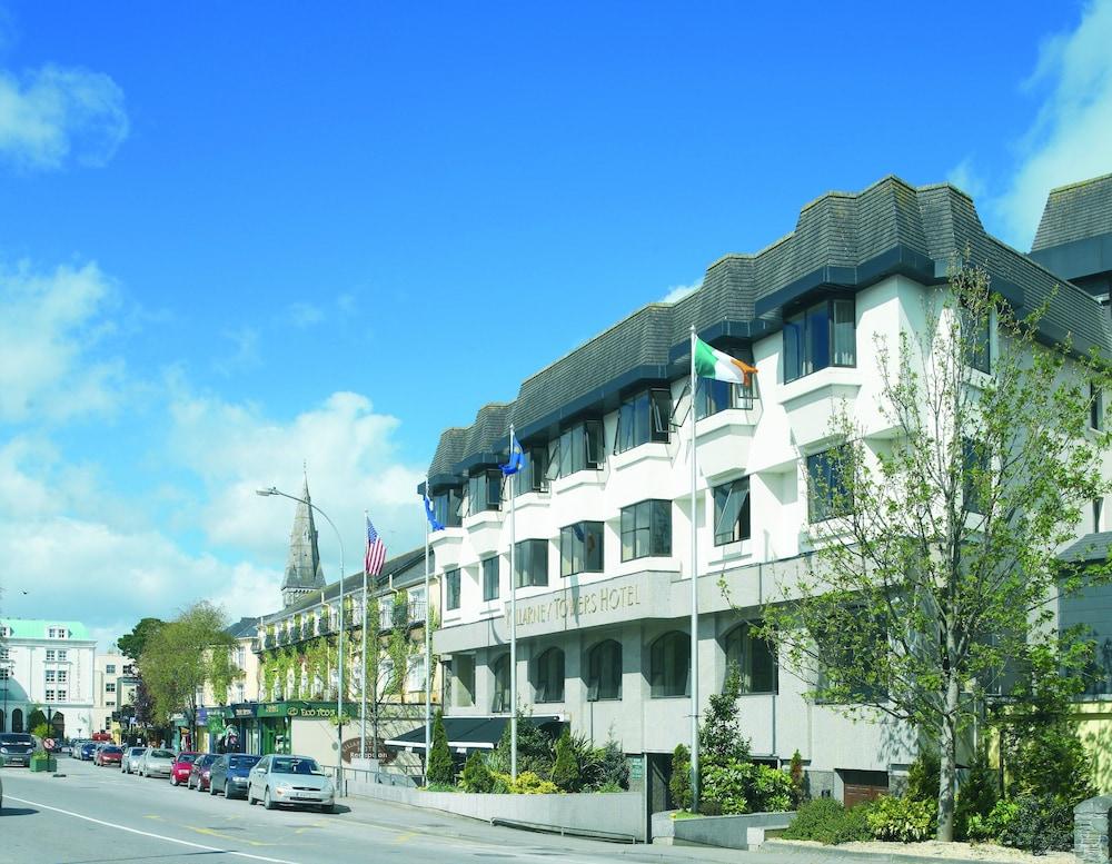 킬러니 타워 호텔 앤드 레저 센터(Killarney Towers Hotel & Leisure Centre) Hotel Image 13 - Hotel Front