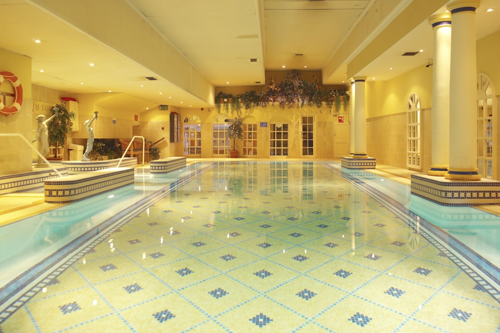 킬러니 타워 호텔 앤드 레저 센터(Killarney Towers Hotel & Leisure Centre) Hotel Image 6 - Indoor Pool