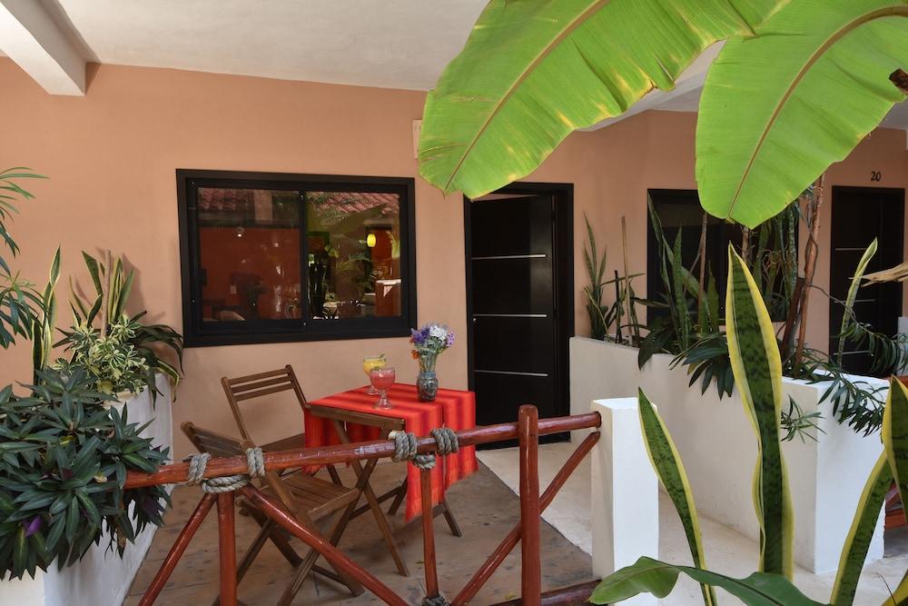 마야 브릭 호텔(Maya Bric Hotel) Hotel Image 13 - Terrace/Patio