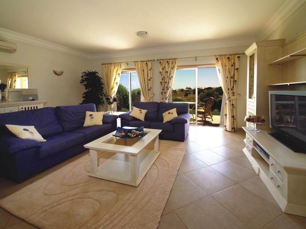 보아비스타 골프 앤드 스파 리조트(Boavista Golf & Spa Resort) Hotel Image 18 - Living Room