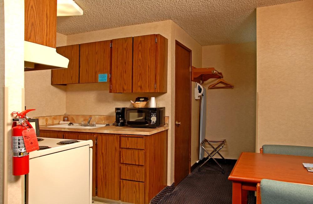 레드먼드 인(Redmond Inn) Hotel Image 16 - In-Room Kitchenette