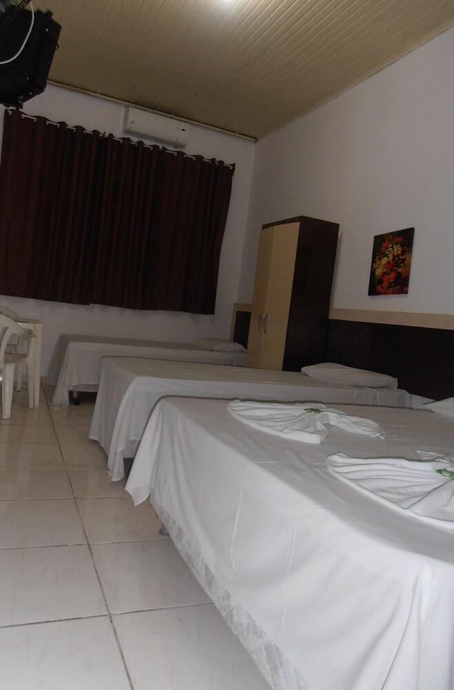 호텔 노르만디(Hotel Normandie) Hotel Image 18 - Guestroom