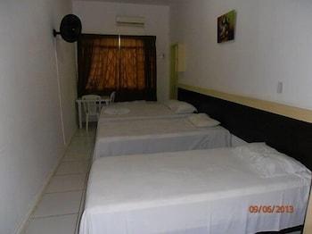 호텔 노르만디(Hotel Normandie) Hotel Image 15 - Guestroom
