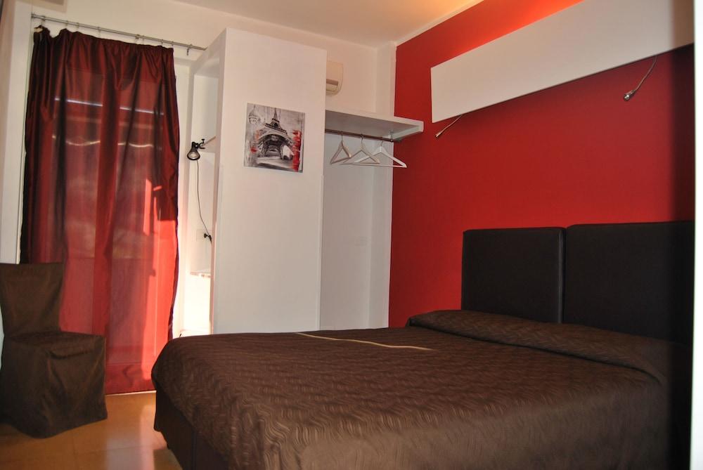 호텔 세레노(Hotel Sereno) Hotel Image 3 - Guestroom