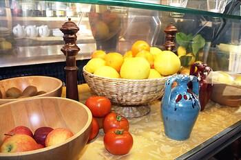 호텔 세레노(Hotel Sereno) Hotel Image 29 - Hotel Bar