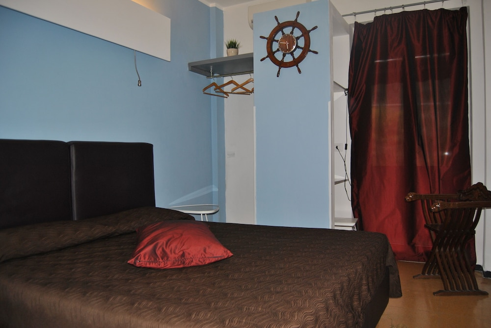 호텔 세레노(Hotel Sereno) Hotel Image 5 - Guestroom