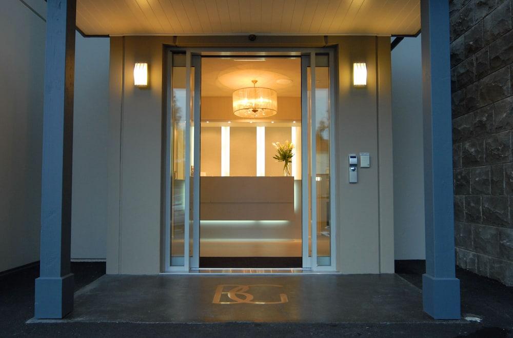 블루스톤 온 조지(Bluestone On George) Hotel Image 26 - Interior Entrance