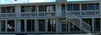 슬립웨이 호텔 모텔(Slipway Hotel Motel) Hotel Image 9 - Exterior