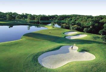Noosa Springs Golf Resort & Sp..