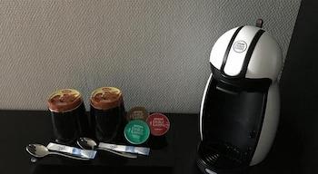 호텔리 누쿠마티(Hotelli Nukkumatti) Hotel Image 25 - In-Room Coffee