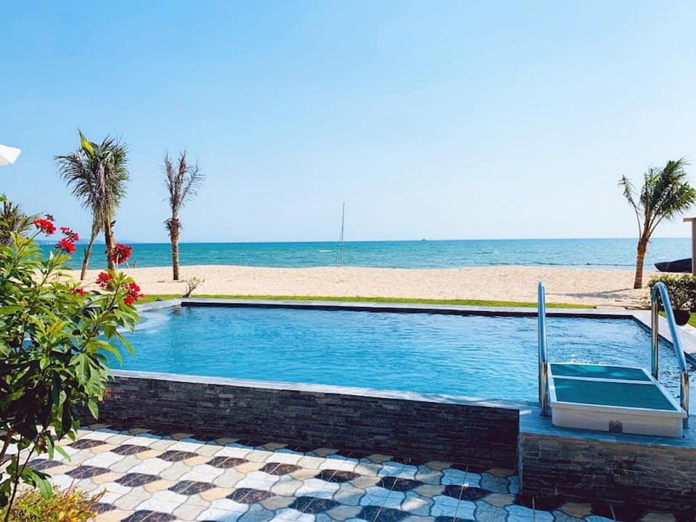 체즈 카로레 리조트 & 스파(Chez Carole Resort & Spa) Hotel Image 49 - Private Pool