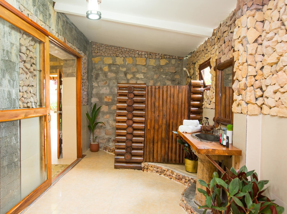 체즈 카로레 리조트 & 스파(Chez Carole Resort & Spa) Hotel Image 51 - Bathroom