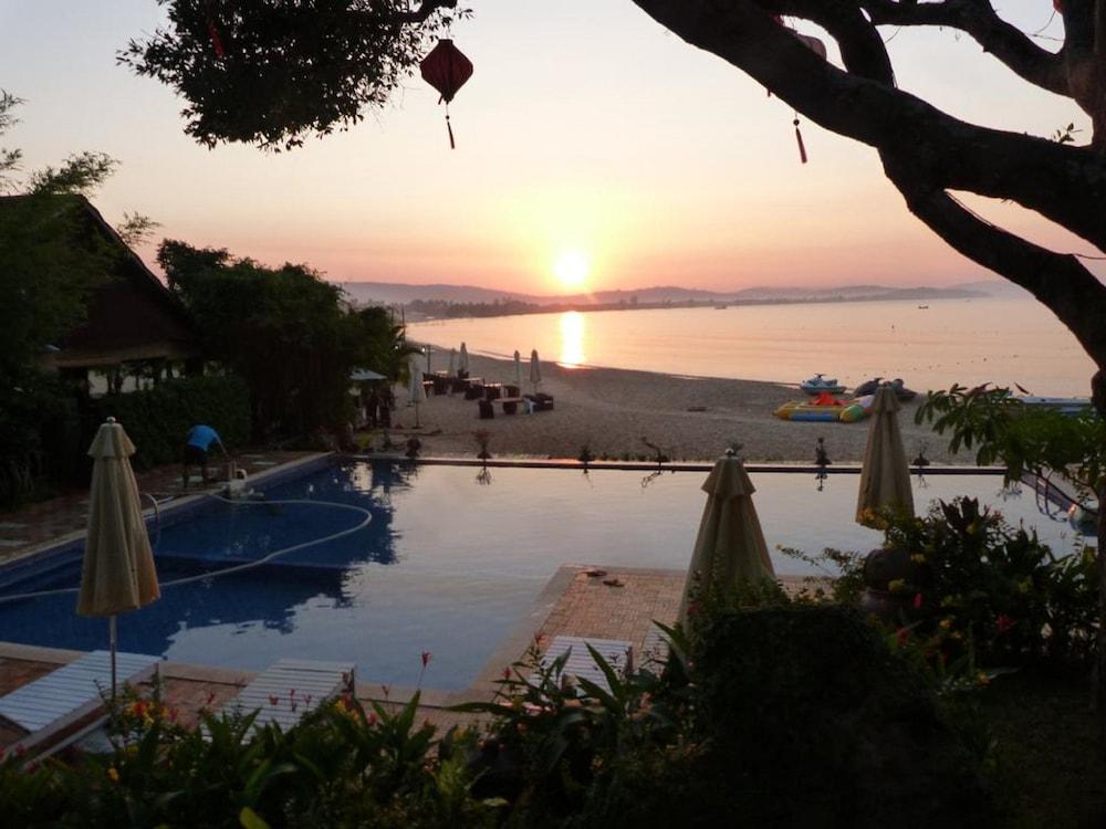 체즈 카로레 리조트 & 스파(Chez Carole Resort & Spa) Hotel Image 93 - View from Hotel