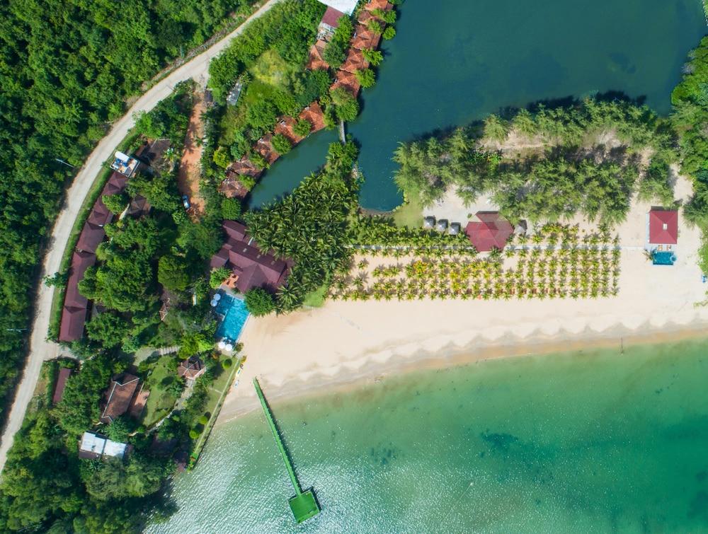 卡羅爾之家海灘度假飯店