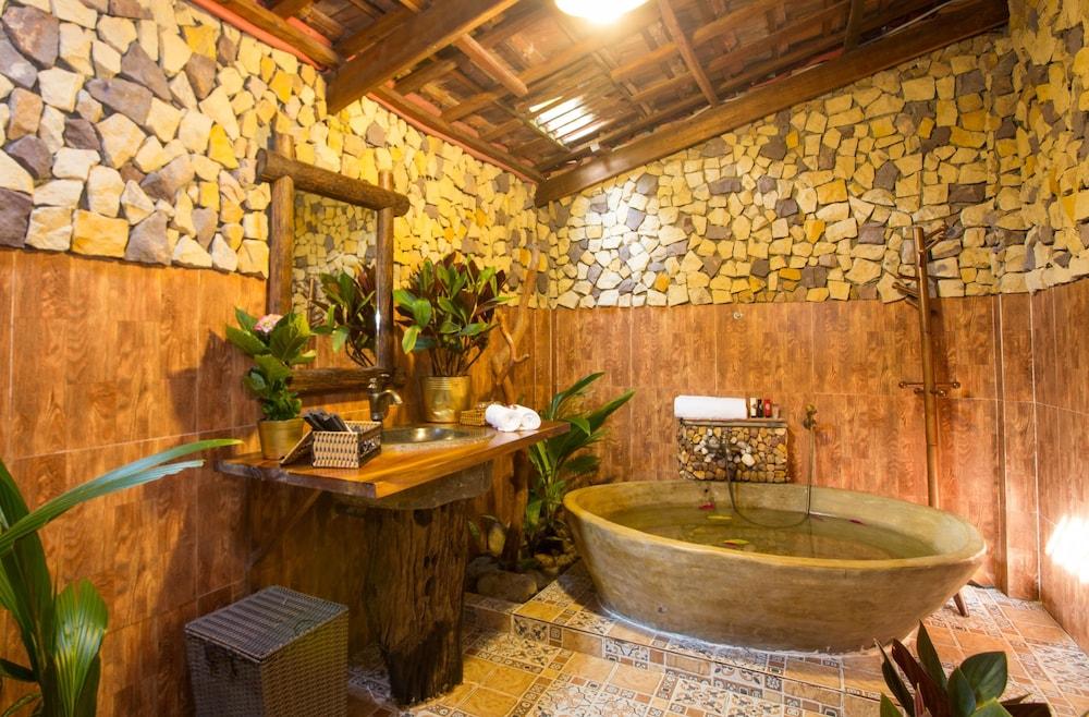 체즈 카로레 리조트 & 스파(Chez Carole Resort & Spa) Hotel Image 53 - Bathroom