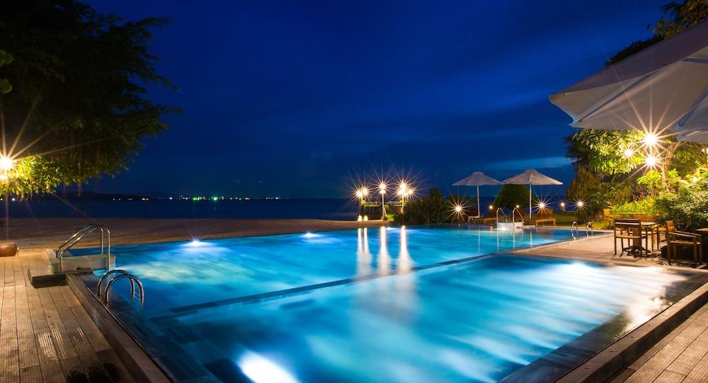 체즈 카로레 리조트 & 스파(Chez Carole Resort & Spa) Hotel Image 1 - Pool