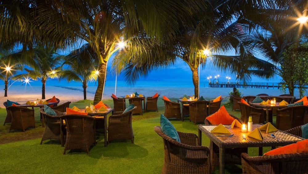 체즈 카로레 리조트 & 스파(Chez Carole Resort & Spa) Hotel Image 85 - Outdoor Dining